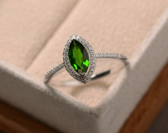 Diopside ring, green gemstone, silver, chrome diopside ring