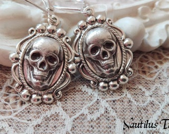 Gothic silver plated skull earrings, Gothic skull earrings, Skull silver earrings, Gothic silver earrings, Silver skull earrings