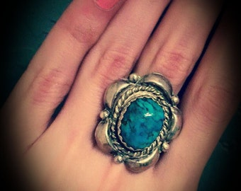 vintage sterling silver turquoise ring marked IH sterling size 7