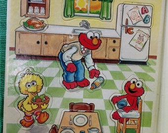Golden Frame Tray Puzzle Sesame Street Babies