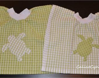 Baby/Toddler Tea Towel Bibs with Sea Turtle Applique, Baby Bibs, Toddler Bibs
