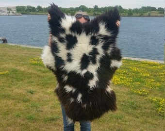 Sheepskin rug & Throw Scandinavian rare color Soft ,long Wool Black and white  100% natural