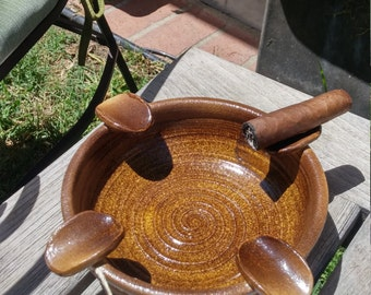 Cigar ashtray in speckled gold glaze for Father's Day