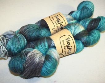 Sock Yarn 100% Superwash Merino Marine