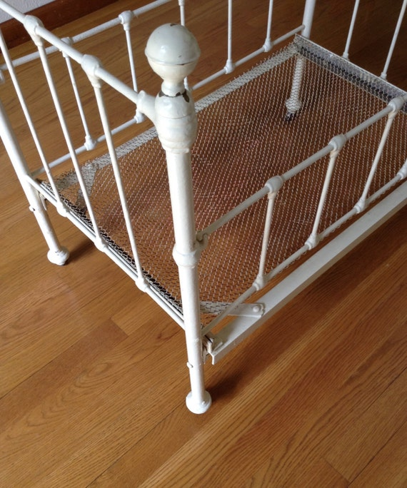 Antique Wrought Iron Baby Crib Doll Crib Vintage Crib White