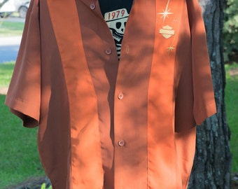 Vintage Collectable Harley Davidson orange retro bolwling shirt size small but fits like large used/like new