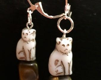 White Stone Kitty earrings
