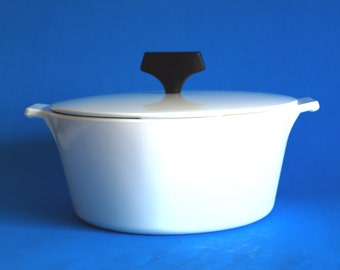 Corning Ware Coupe White Buffet Servers Saucepan - 60s Corningware Pyroceram 2 1/2 Pint Casserole Dish - Made in Australia