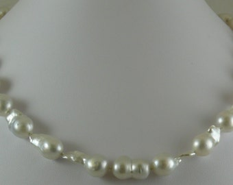 South Sea White Baroque 10.1 mm x 11.4 mm Pearl Necklace, 14KW Gold Clasp