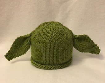 Knit Yoda hat for babies/kids