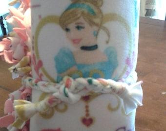 Disney Princess Tie Blanket