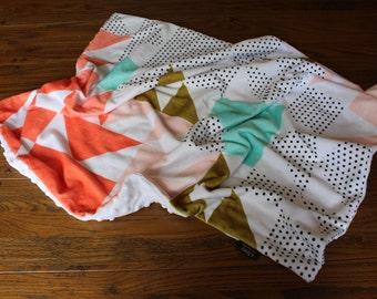 Babies Snuggle Blanket - Minky Geometric