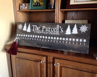 Customized Advent Calendar with Hooks - Custom Family Name - PICK YOUR COLORS!