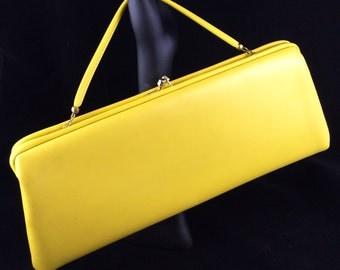 Vintage yellow handbag