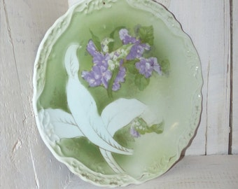 Antique Green with Purple Lilac Plate - 70