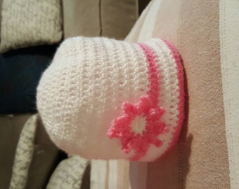 Hand made crochet girl beanie hat flower