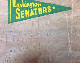 1950's Vintage Washington Senators green baseball Mini Pennant 2.5x6 inch Flag Banner