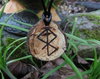 Nordic Peace rune necklace