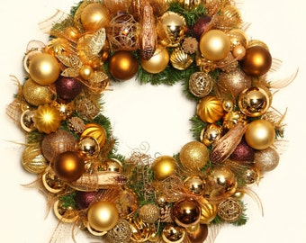 Christmas, Christmas Gold Crown
