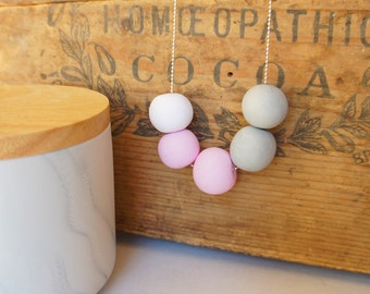 Pastel grey, pink and white Polymerclay bead necklace