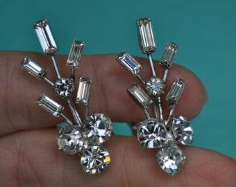 Vintage Rhinestone Earrings, Clip On Earrings, Vintage Earrings, Old Earrings, Crystal Earrings, Sparkly Earrings GS349