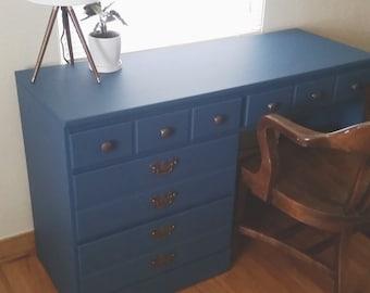 navy blue chalk paint bunker hill dixie belle. Black Bedroom Furniture Sets. Home Design Ideas