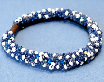 Blue and White- Beaded soft bracelet