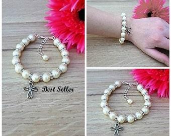 First Communion, First Communion Gift, Communion Bracelet, Cross Bracelet, Pearl Bracelet, Baptism Charm Jewelry, Communion Jewelry, Baptism