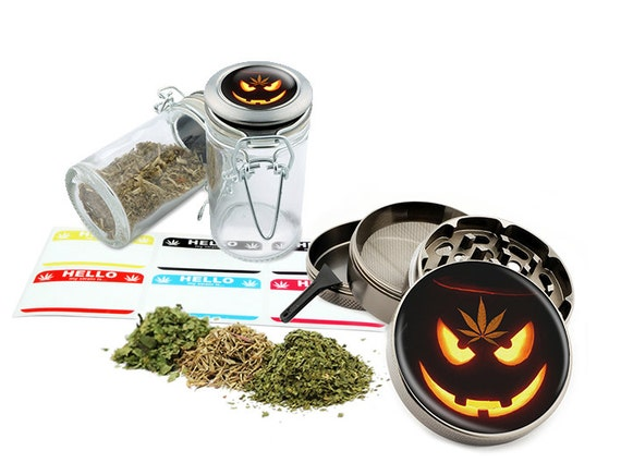 "Leaf Pumpkin - 2.5"" Zinc Alloy Grinder & 75ml Locking Top Glass Jar Combo Gift Set Item # G022015-034"
