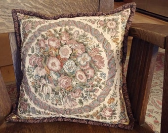 Handquilted PIllow with Sachet