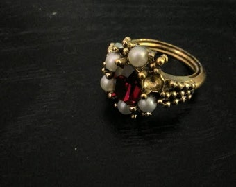 1980s Costume Avon Ruby and Pearl Ring
