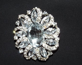 Beautiful Decorative Wedding Brooch.