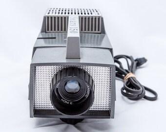 Sears 150 Realist Slide Projector