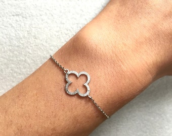 Clover Bracelet ~ Silver/Gold