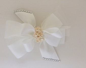White hairbow or hair band with flowers, baby/girl, hair bow, headband