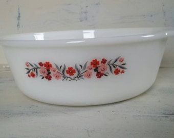 Vintage Fire King Casserole Primrose 2 QT Made in USA.  Milk Glass