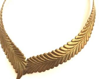 Gold metal chocker