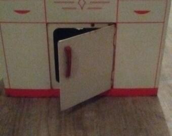 1950 Wolverine Lithograph Tin Kitchen Sink