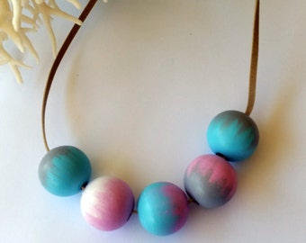 Hand Painted 5 bead pink blue grey white Necklace. free shipping aus