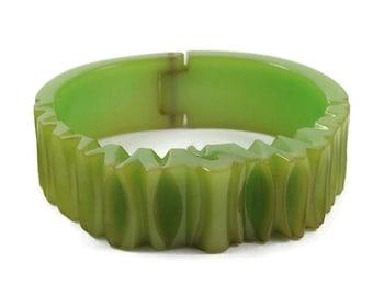 Rare Vintage Carved Chunky Hinged Green Bakelite Bracelet - Bakelite Bracelet - 1930s