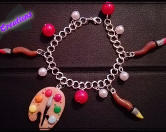 Bracelet with palette and brushes