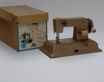 Vintage toy sewing machine sewing machine ca 1950 Berlin
