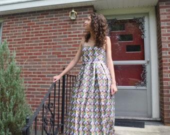 Strapless dress.