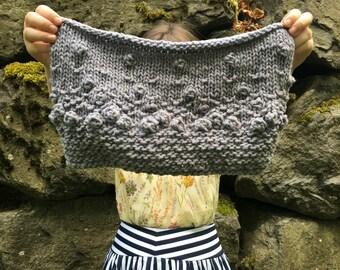 Hand knit bobble cowl pattern