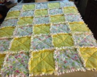 Baby size rag quilt