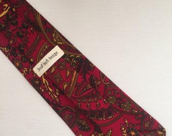 Red, Modern Paisley Necktie