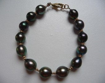 Bracelet gold pearls of Tahiti