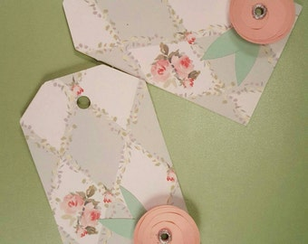 Foral gift tags with flowers