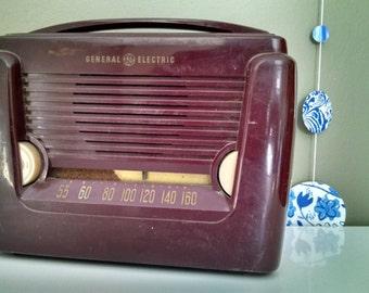 Vintage GE Radio - 1949