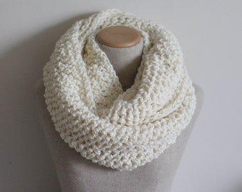 Chunky knit infinity scarf cream, cowl, vegan clothing, ivory circle scarf, loop scarf, crochet infinity scarf, oversize infinity scarf